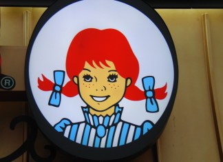 close-up photo of Wendy's logo