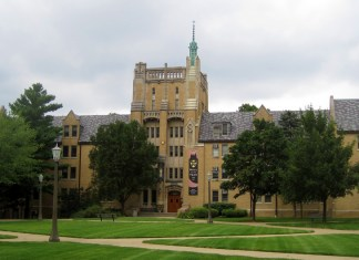 Photograph of southern quad and Morrissey Hall at the University of Notre Dame