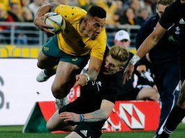 photograph of Israel Folau playing rugby