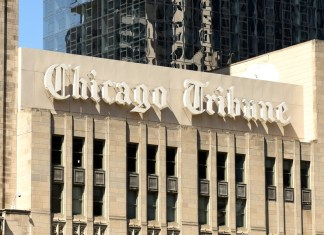 photograph of Chicago Tribune building