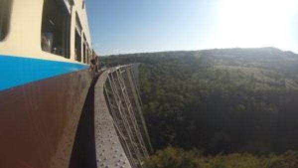 Puente de Goteik