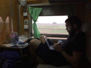trayecto en tren en Myanmar