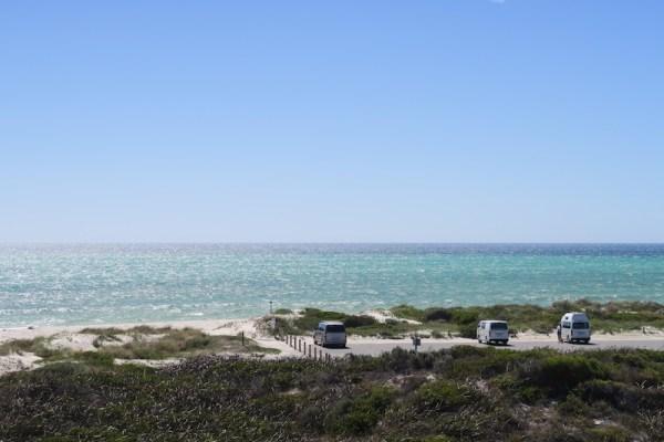 aparcar junto al mar en Australia