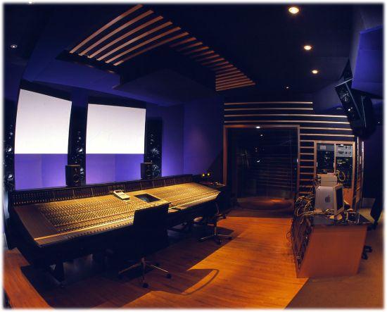Metropolis Studio E