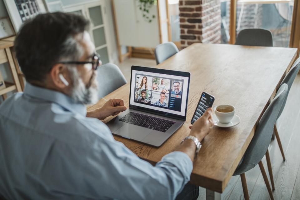 remote team pritha dubey success vitamin
