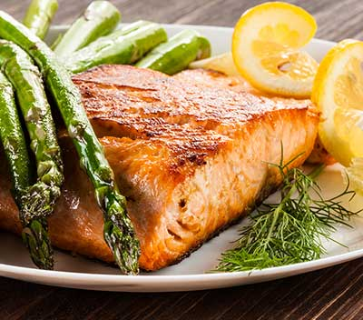Simple tips on what to eat to lower high blood pressure