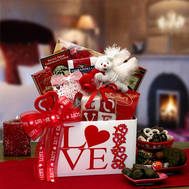 Valentines Day Gift Baskets For Your Sweet Girlfriend