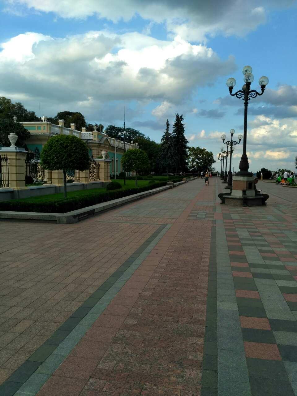 Мариинский дворцово-парковый комплекс в Киеве