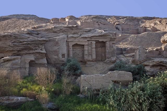 В Египте найден черный саркофаг, которому более 2000 лет!
