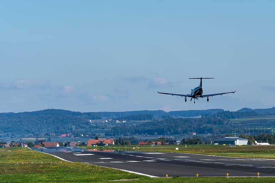 В каких случаях пассажира могут не пустить на борт на самолета?
