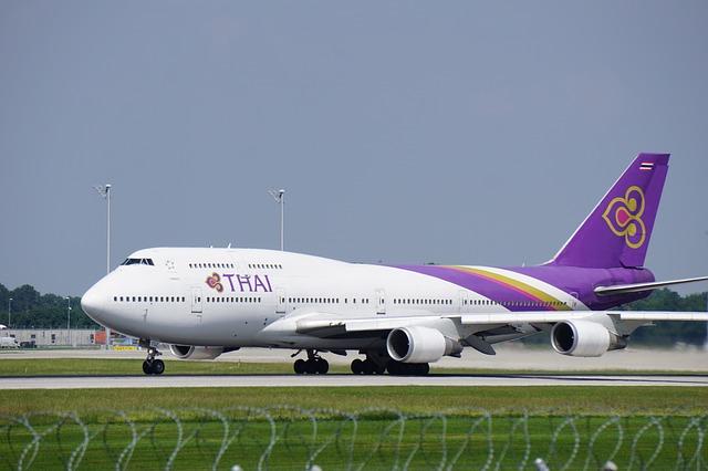 Авиаперевозчики Таиланда снизят цены на авиаперелеты на все лето