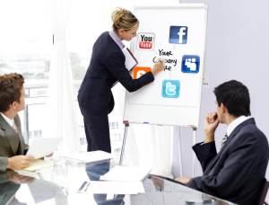 4-Expertise---Creative-Social-Media---Social-Media-Account-Manager-052312