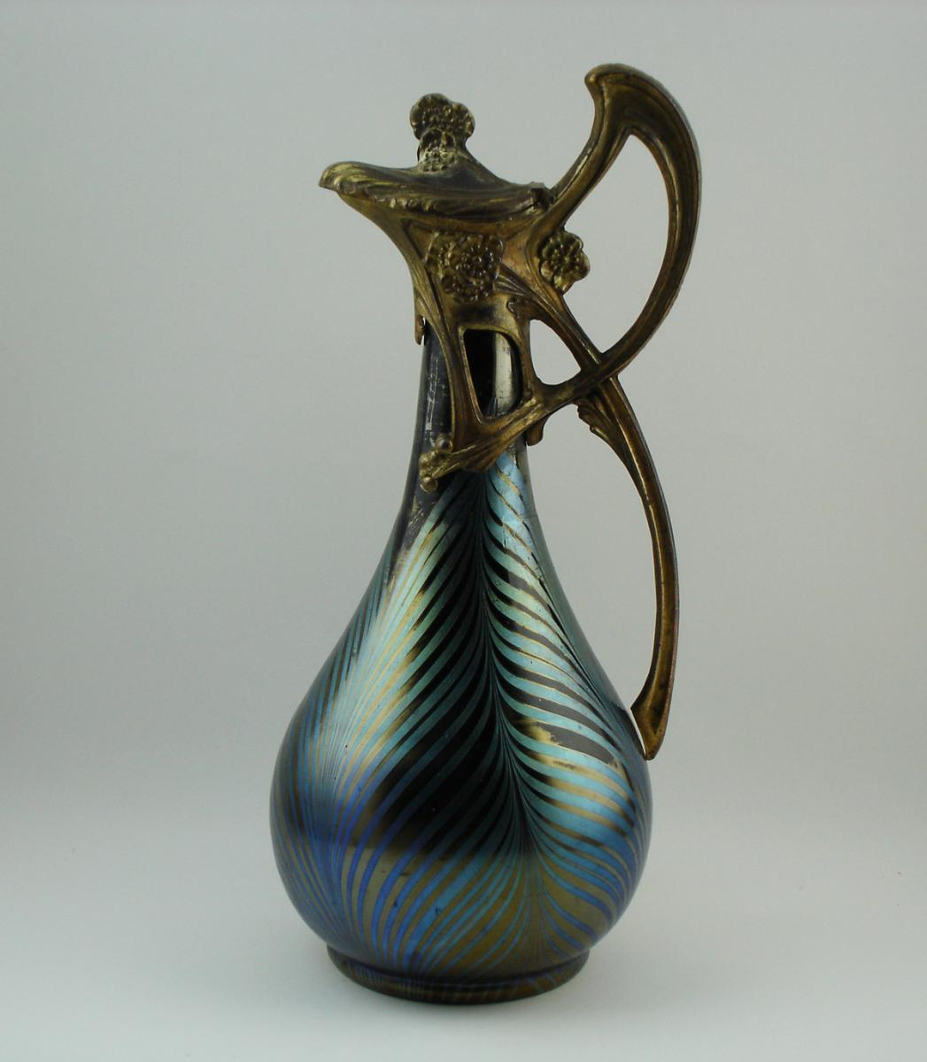 vases and glass objects