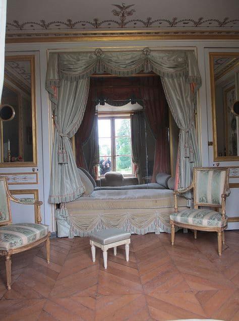 La folie d'Artois, Château de Bagatelle