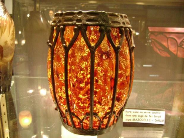 Grand Vase DAUM-MAJORELLE (vers 1904). (c) Hellouin Antiquités, Proantic