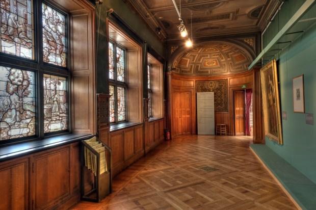 Galerie de psyché, Château de Chantilly. (c) Normann Szkop.