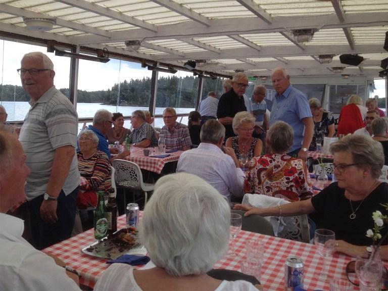Lunch på båten Immeln.