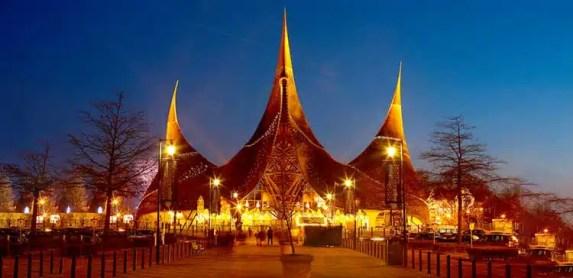 Efteling Theme Park 101 – Introduction Guide to Europe's Best Amusement Park
