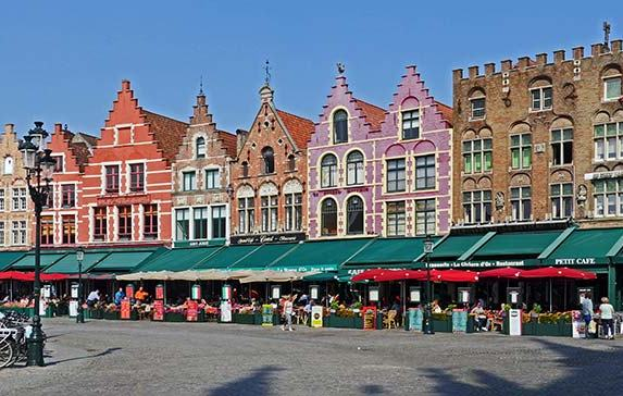 Ghent or Bruges? Which Belgium City Should You Visit (and Why!)