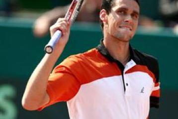 Victor Hanescu - Roger Federer, in primul tur la Wimbledon