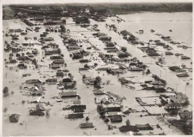 Inundatii Iasi 1932. Bahluiul iesit din matca