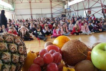 """Aproape 250 de elevi din Brăila vor învăța despre alimentația sănătoasă prin programul """"Sănătatea începe din farfurie"""""""