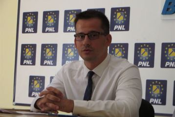 """""""Acarul Păun"""" de la Braicar acoperă bătaia de joc a administrației PSD"""