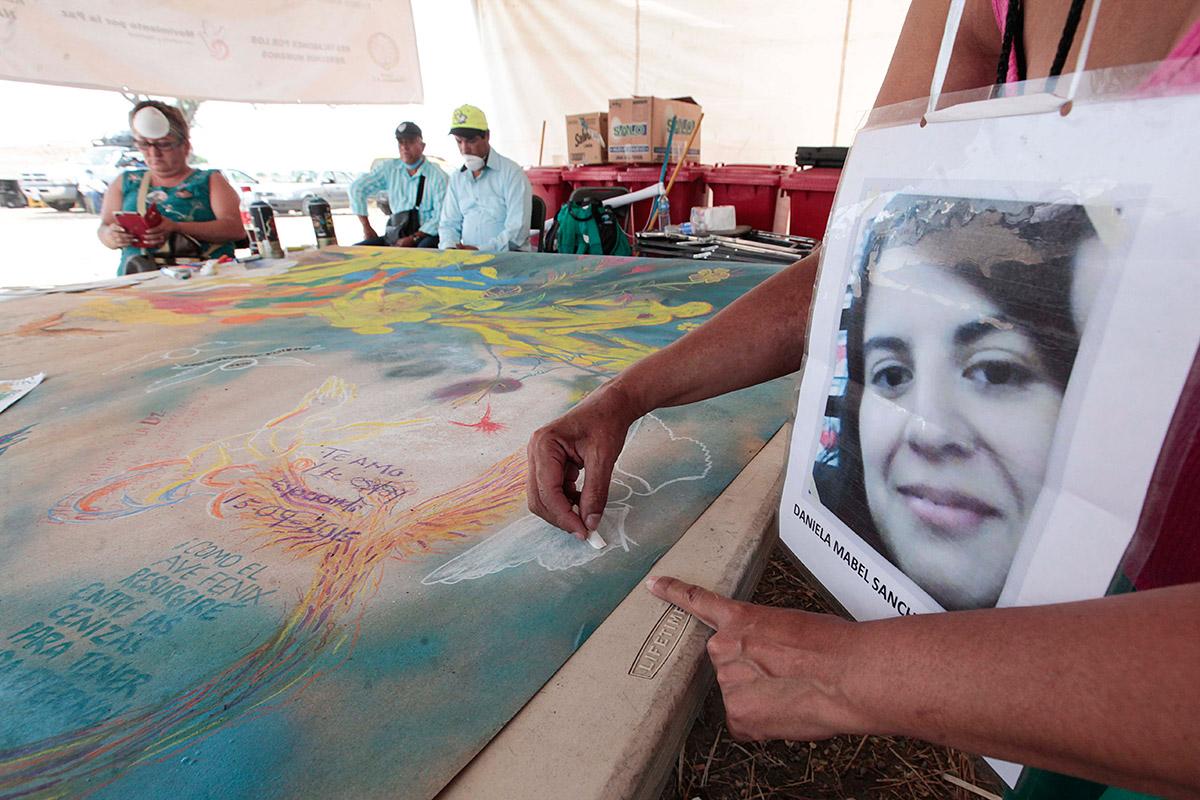 Familiares de desaparecidos en las fosas clandestinas de Tetelcingo. Foto: Germán Canseco