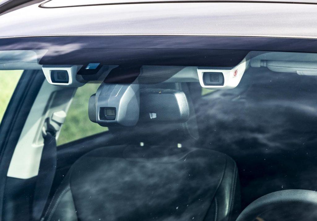 Dvojice kamer = oči auta