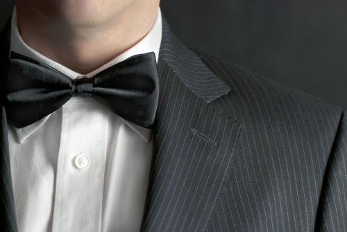 motýlek a kravata