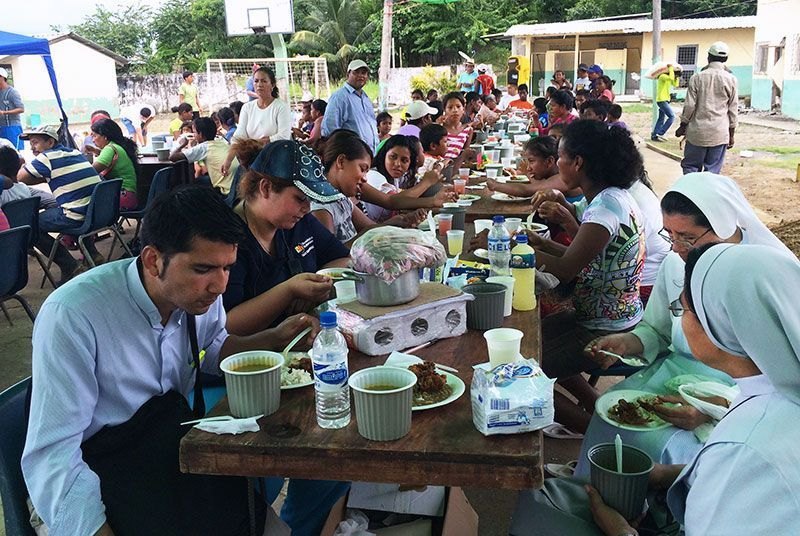comida terremoto Ecuador