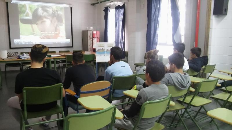 Los Nadie en Córdoba. CEIP Miralbaida