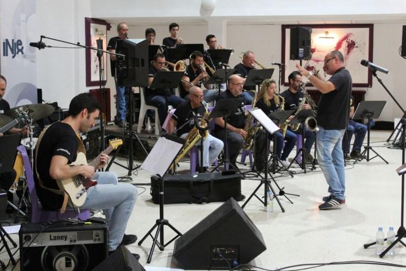 La Big Band del Instituto de Jazz y Música Moderna de Extremadura en el Baile de Gala Solidario de Proclade Bética