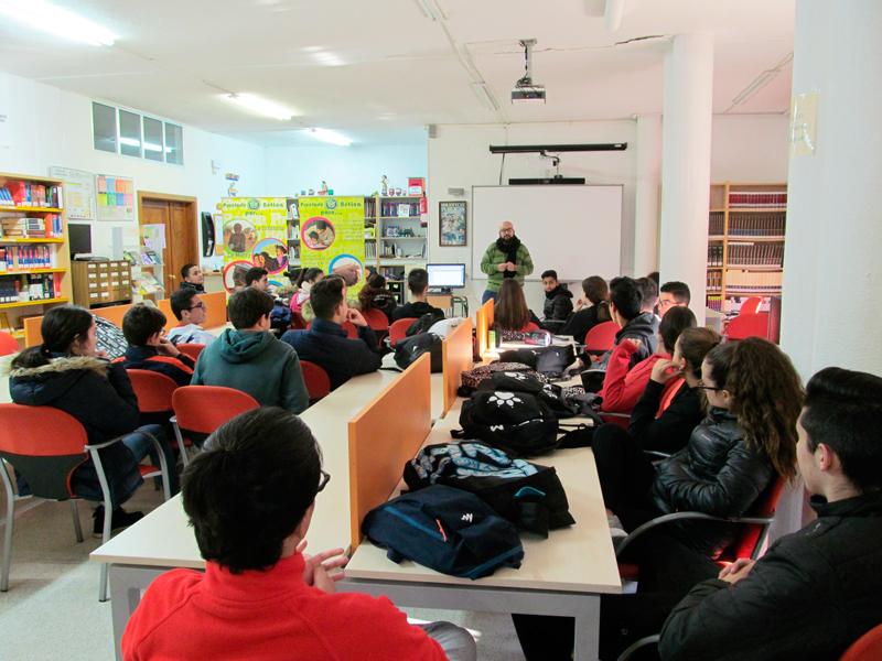 Sensibilización en Almendralejo: si cuidas el planeta combates la pobreza