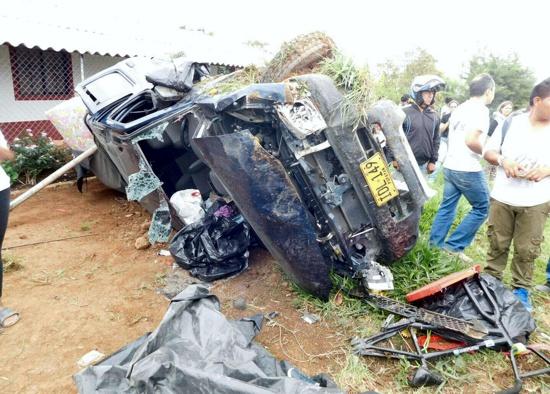 Tres personas muertas dejó accidente de tránsito entre Popayán y Totoró, Cauca