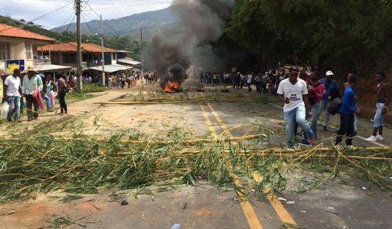 enfrentamientos en quinamayo}