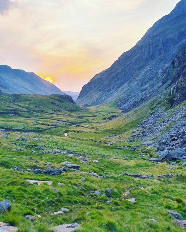 Pen Y Pass Climb Snowdonia