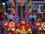 holiday lighting contest