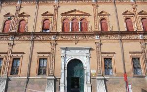 Bacco-a-Palazzo-Il-vino-in-visita-a-Ferrara1