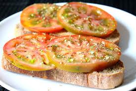 fette-di-pomodorocon-il-pane