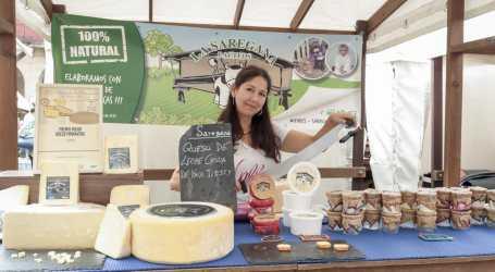 Yaíza Rimada con su proyecto de producción, elaboración y comercialización de lácteos La Saregana se alza con el premio