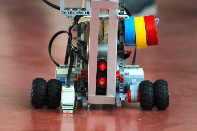 robot mindstorms 2016