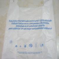 bolsa de plástico con mensaje