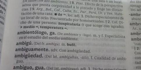 ambientologo en el diccionario rae