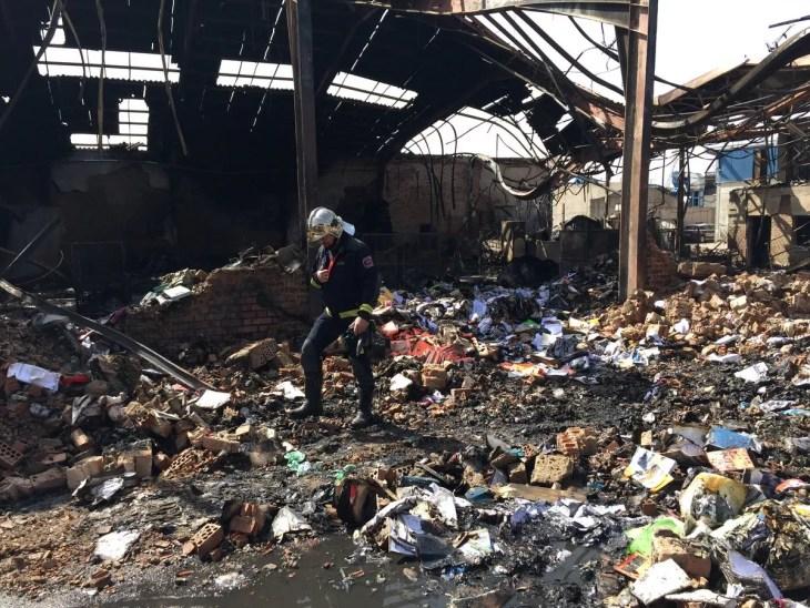 planta tratamiento de residuos incendiada