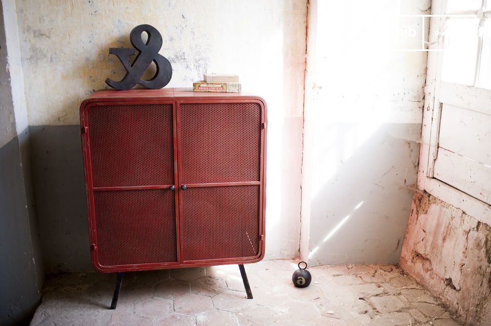 armoire minoterie rouge