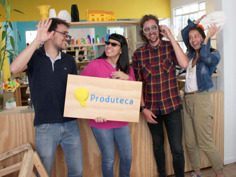 Janne com a equipe da Produteca
