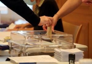 [Roose] Le vote par correspondance bientôt généralisé en France, sans débat public ? Un nouveau signal autoritaire de la Macronie