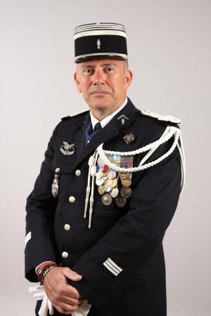 Jura. Un capitaine de gendarmerie en mots libres