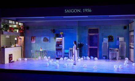 Festival d'Avignon – «Saïgon» de Caroline Guiela Nguyen: un temps plié par les larmes